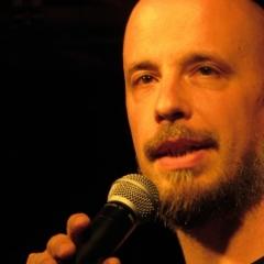 Dalibor beim Open-Air-Poetry-Slam zum Poetenfest 2013