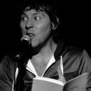 Jon Sands beim Poetry Slam Erlangen im Dezember 2010