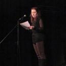 Karina Hille beim Poetry Slam Erlangen im Dezember 2013