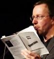 Markus Berg beim Poetry Slam Erlangen im Dezember 2015