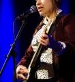 Die Musikerin des Abends Lena Dobler beim Poetry Slam in Erlangen im Februar 2017
