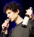 Lucas auf der Suche nach Hilfe beim Poetry Slam in Erlangen im Februar 2017