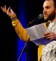 Valerio Moser beim Poetry Slam in Erlangen im Februar 2017