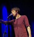 Fabian Navarro beim Poetry Slam in Erlangen im Januar 2016
