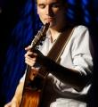 Musiker Alex Perez beim Poetry Slam Erlangen im Juni 2015