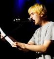 Elias Hirschl beim Poetry Slam Erlangen im Juni 2015
