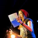 Celine Petrenz beim Poetry Slam im März 2014