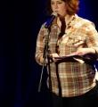 Kata Pongrac beim Poetry Slam in Erlangen im März 2015