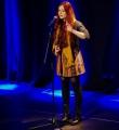 Lara Ermer beim Poetry Slam in Erlangen im März 2015