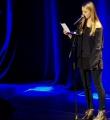 Sira Busch beim Poetry Slam in Erlangen im März 2015