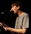 Elias Hirschl beim Poetry Slam Erlangen im März 2016