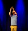 Der Gewinner Kaleb Erdmann beim Poetry Slam Erlangen im Mai 2016
