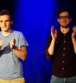 Die Finalisten Max und Kaleb beim Poetry Slam Erlangen im Mai 2016