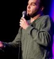 Finalist Valerio Moser beim Poetry Slam im November 2014