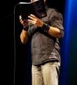 Bastian beim Poetry Slam Erlangen im November 2015