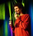 Unser Moderator Lucas Fassnacht beim Poetry Slam Erlangen im November 2015