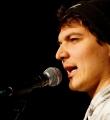 Max Schulle beim Poetry Slam Erlangen im November 2015