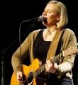 Die Musikerin des Abends Stephanie Forryan beim Poetry Slam Erlangen im November 2015