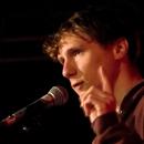 Christian Weiblen beim Poetry Slam Erlangen im Oktober 2013