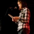 Ina Meißner beim Poetry Slam Erlangen im Oktober 2013