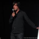 """Moderator Jan Siegert startet die Abstimmung  beim Poetry Slam Erlangen """"Sommer Spezial"""" August 2010"""